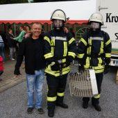 Die Feuerwehr war zu Besuch und präsentierte einige Fahrzeuge, Atemschutzgerät, Wärmebildkamera uvm.